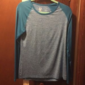 LAST CHANCE Blue baseball style workout shirt